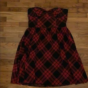 PLAID BETSEY JOHNSON STRAPLESS DRESS